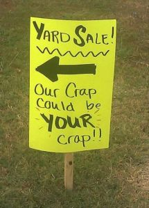 Don't you just love yard sales...(photo credit: )